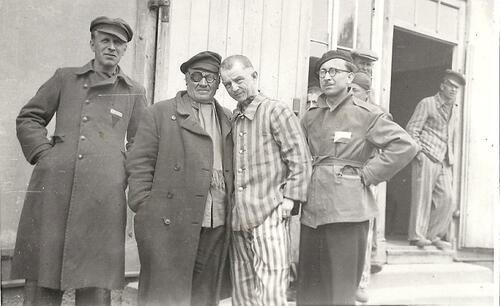 Bohumil Stašek v Dachau (druhý zleva), zdroj: Lukáš Kopecký