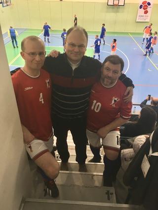 Generální vikář plzeňské diecéze P. Jakub Holík s reprezentanty plzeňské diecéze P. Richardem Polákem a P. Markem Hricem